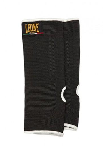 Leone cavigliere nere